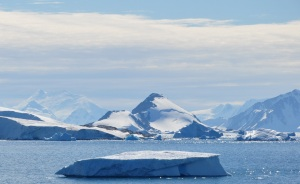 Antarctica_(7),_Laubeuf_Fjord,_Webb_Island